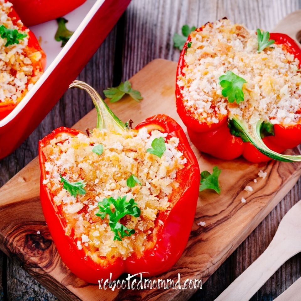 stuffed bell peppers 3 Vegetarian Recipes to Try slow cooker