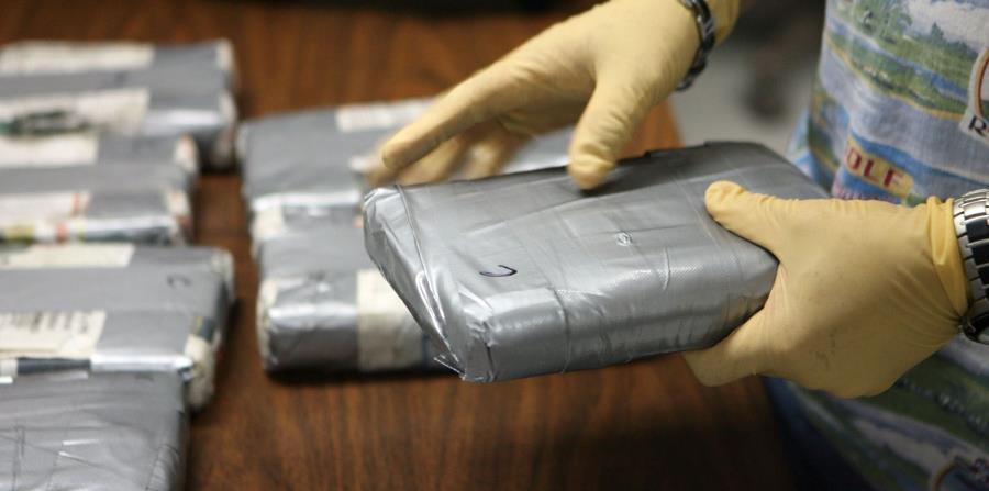 Tras la investigación se han incautado más de 2,000 kilogramos de cocaína, según las autoridades. (horizontal-x3)