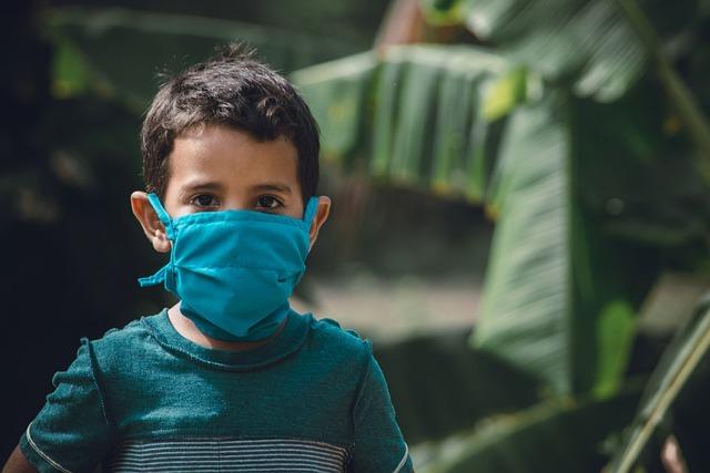 Crianças podem não adoecer e espalhar o vírus assim mesmo