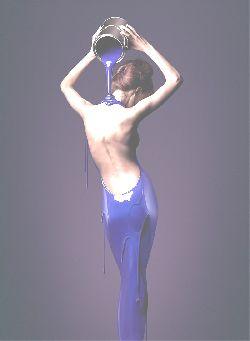 mulher costas.jpg