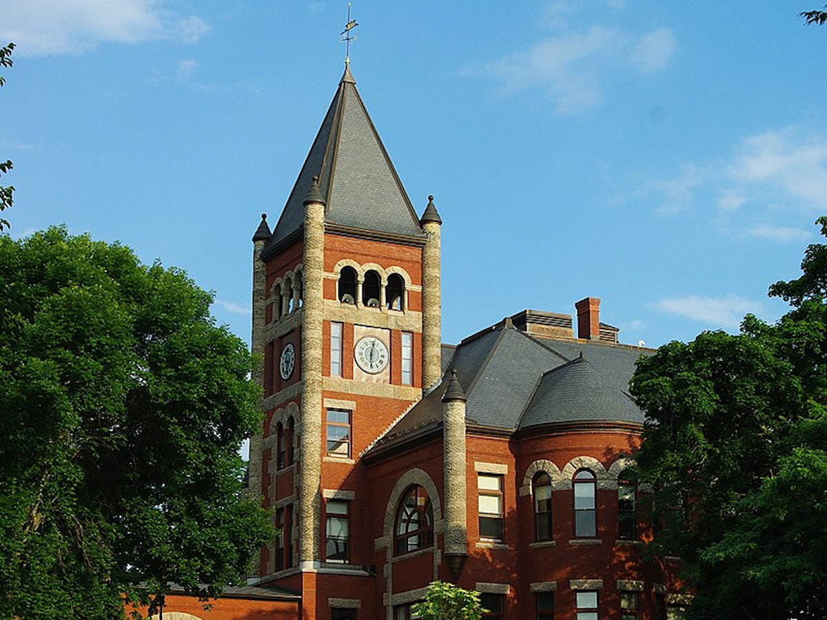 University of New Hampshire Thompson Hall