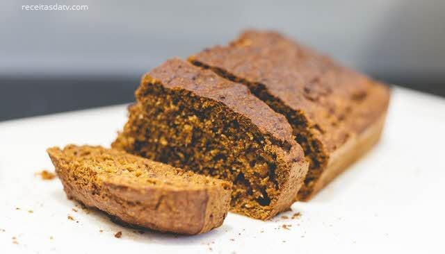 Pão doce com melado de cana