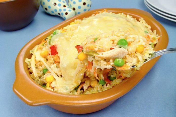 arroz de forno com frango e legumes