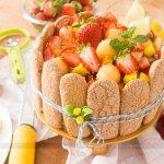 Torta Charlotte de Frutas
