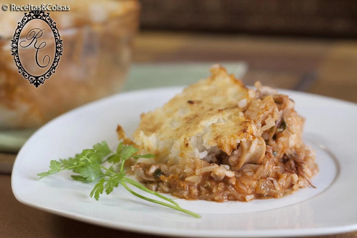 Empadão de lulas com arroz