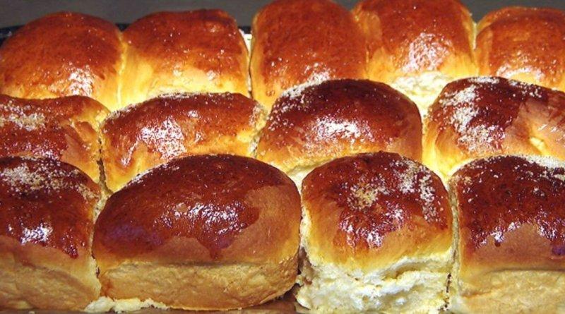 Pão doce recheado