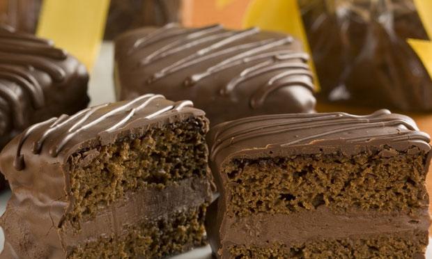 pão de mel com mousse chocolate