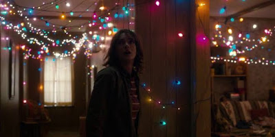 Stranger Things 1x03 - Chapter Three: Holly, Jolly