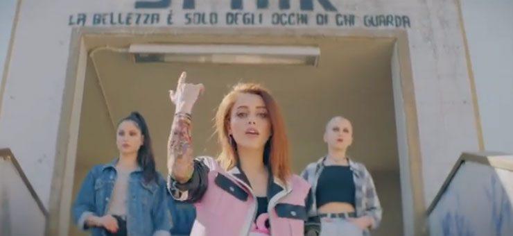 """Annalisa saluta tutti con """"Bye Bye"""" - Videoclip"""