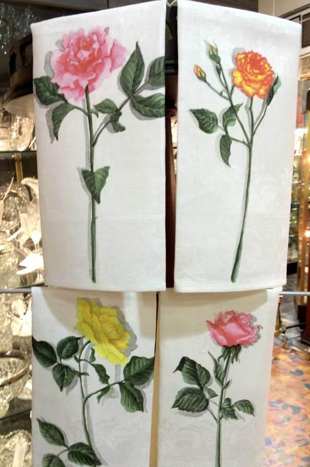 roses-on-damask