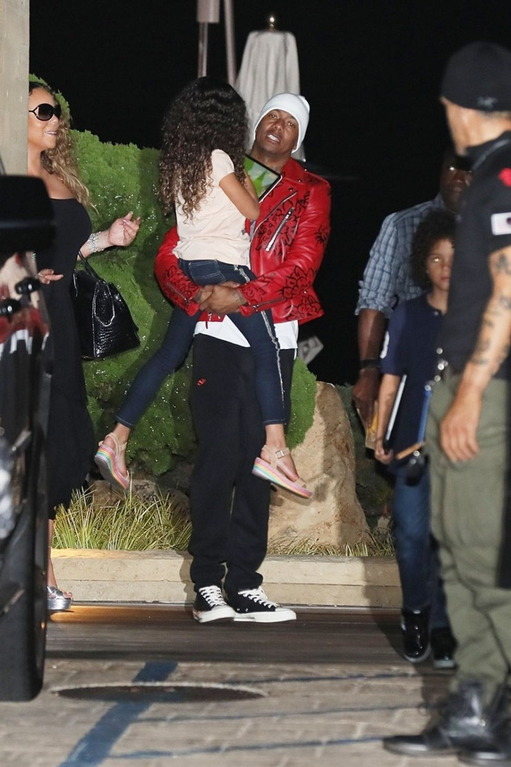1633721825 841 Mariah Carey 'still mad at Nick Cannon for the birthday