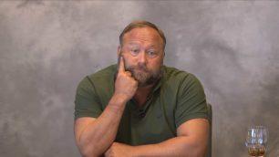 Bildergebnis für Die desaströse Befragung von Alex Jones im Zuge der Klagen gegen ihn über seine Sandy Hook-Berichte