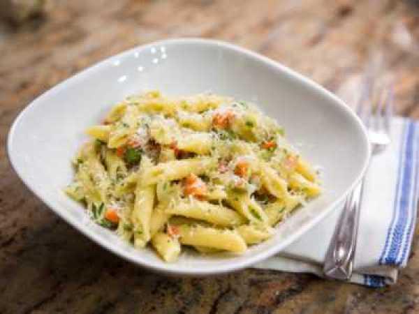 Вкусные макароны с овощным соусом