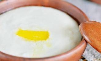 Манная каша с яйцом на молоке