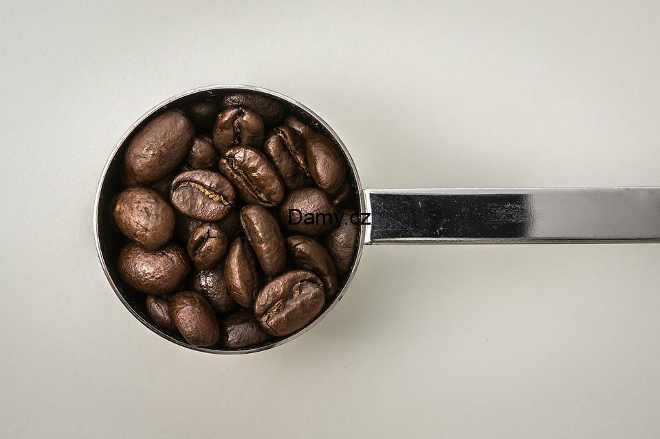 Pít nebo nepít kávu?