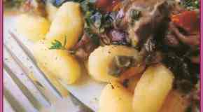 Ñoquis de ricota con salsa de hongos