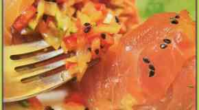 Carpaccio de salmón relleno