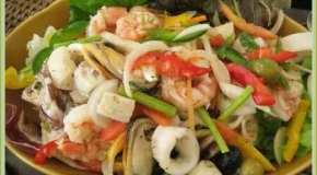 Pescado y verduras con sabor a vino