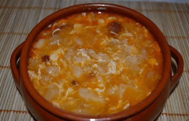 sopa de ajo castellana2 - Sopa de ajo o castellana tradicional