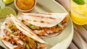 Rica receta de ligeros tacos de pollo con lima