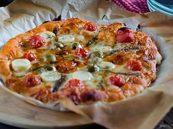 pizza frutti di mare o pizza marinera