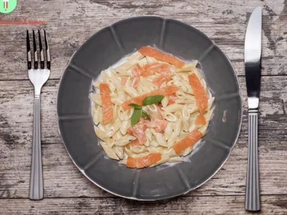 Ensalada-de-pasta-con salmon