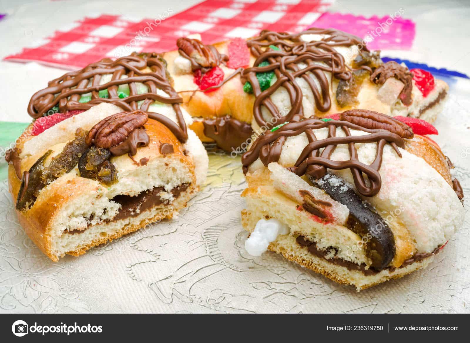 Roscón de Reyes relleno de crema de chocolate o trufa