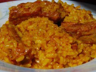 arroz con costillas