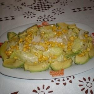 de2df791682f079f8397226a3ff38bc7 - ▷ Ensalada de aguacate lechuga y maíz 🥗 🥑
