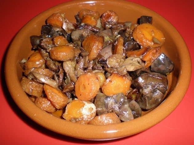 823d7f7cd8e199f1a5c37ae82ff6053d - ▷ Riñones de cerdo con zanahorias 🐖 🥕