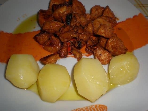 ▷ Daditos de pollo en adobo de pimentón choricero 🐓 😋