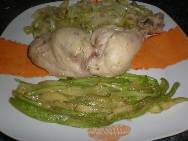 Muslos de pollo sancochados