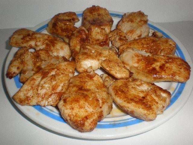 d433389b35164ea4979aa29364addb9c - ▷ Lomitos de pechuga de pollo al pimentón 🐓 😋