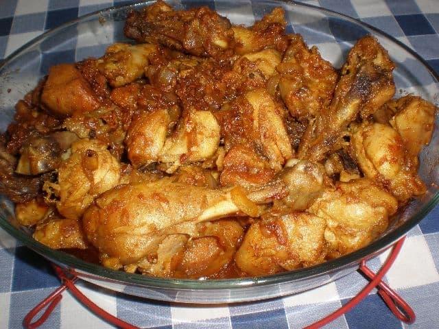 ▷ Pollo frito en sofrito 🍗