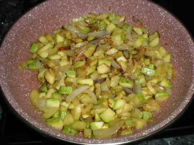Calabacín frito con cebolla