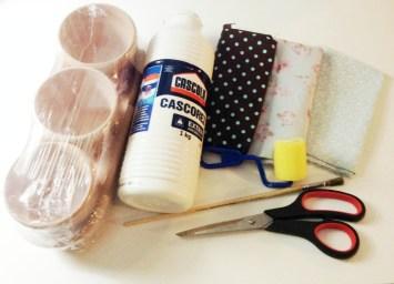 Material: Tecido, Cola Branca, Tesoura, Pincel, Base para Artesanato, Vaso de Cerâmica