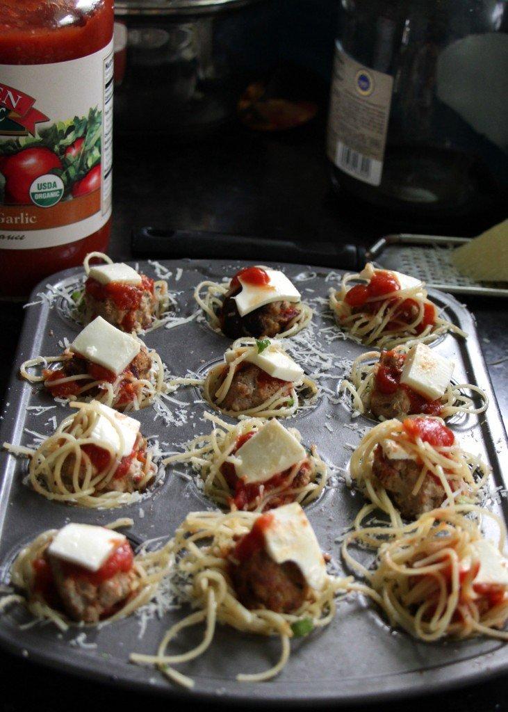 mini meatball and spagetti bites