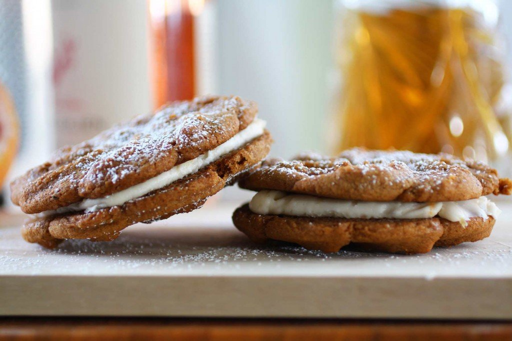ginger sandwich cookies with grapefruit cream filling