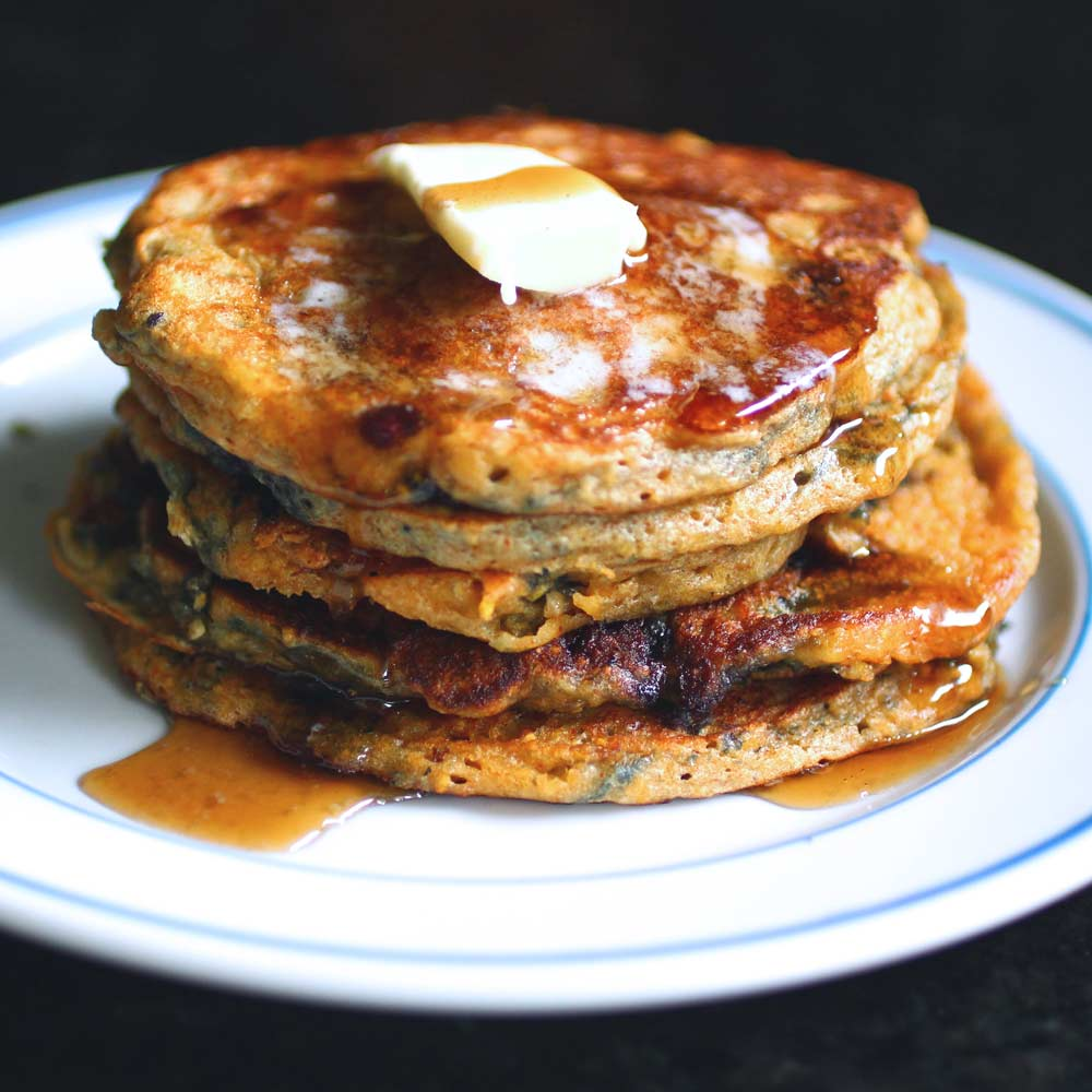 blueberry-cornmeal-pancakes-with-real-maple-syrup