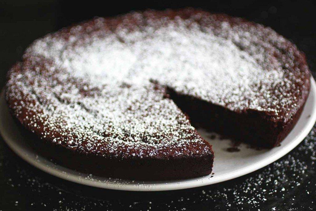 brown butter flourless chocolate cake