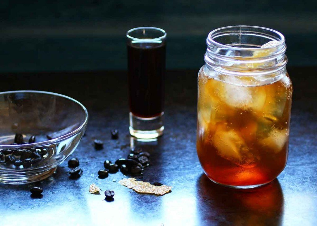 coffee vanilla infused vodka spritzer