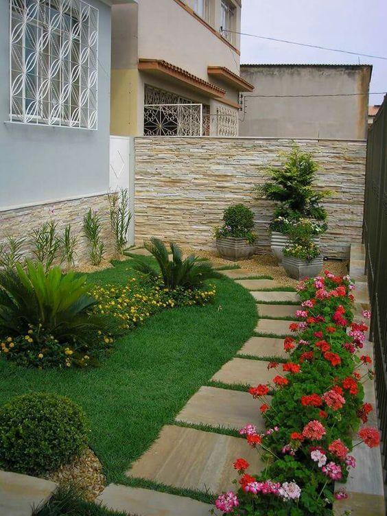 Small Backyard Landscaping 13