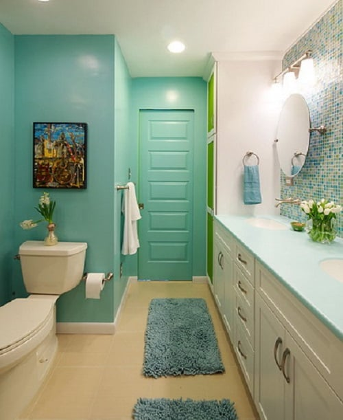 long narrow bathroom 3