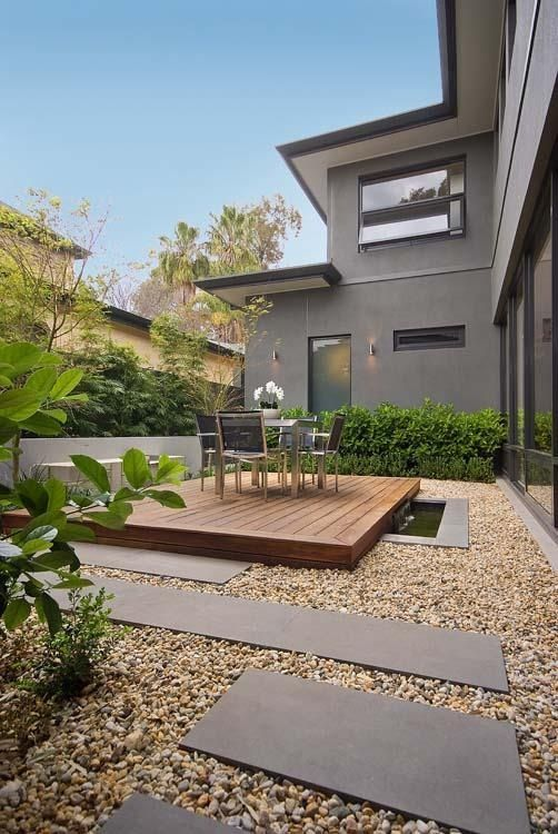 minimalist backyard garden 13