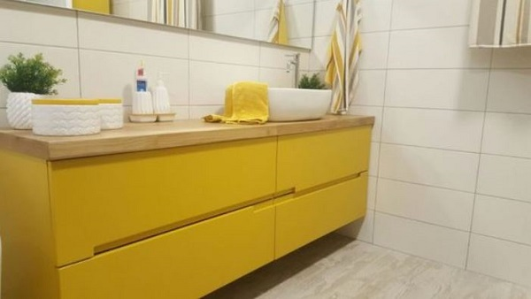 colored bathroom vanity feature