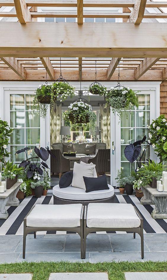 outdoor living room 21
