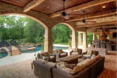 outdoor living room feature