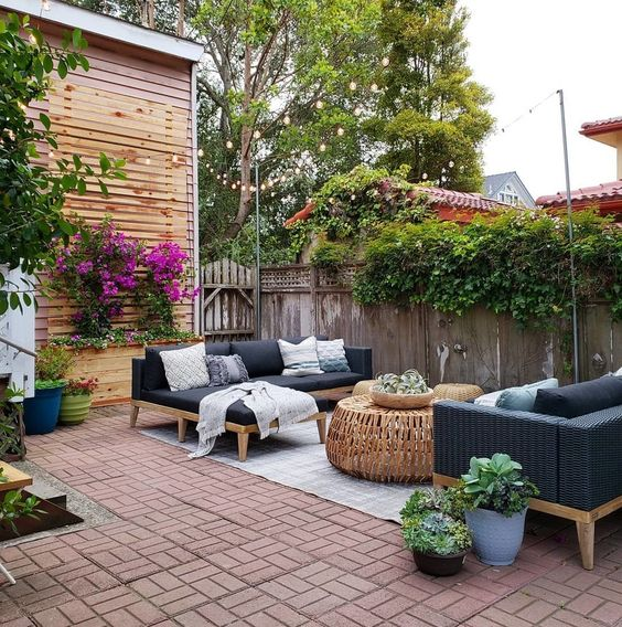 backyard patio ideas 25