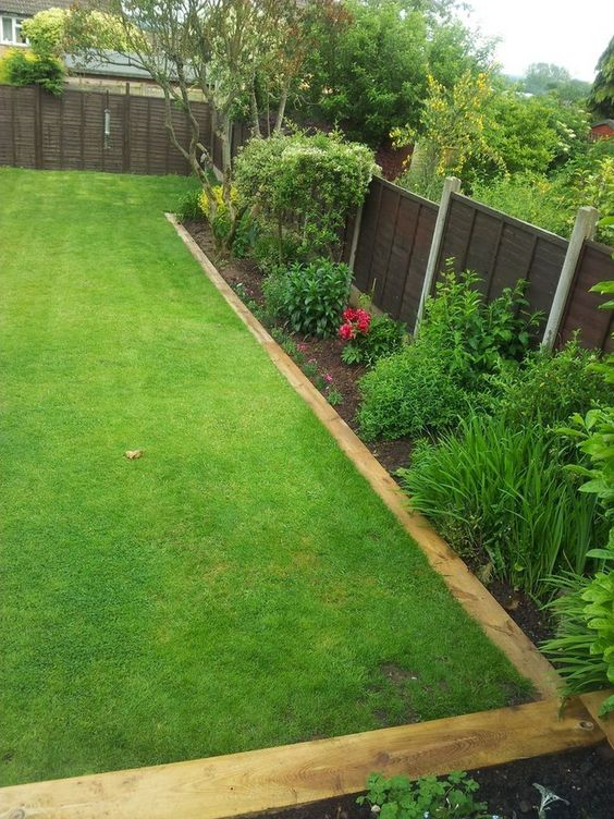 fence landscaping ideas 20
