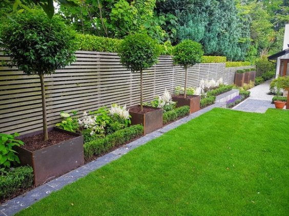 fence-landscaping-ideas-26